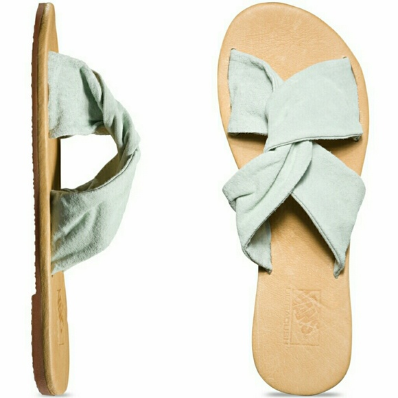 6a533ece0f3c72 🆕Vans Ayla Slide Suede Bay Women s Slim Sandals 7